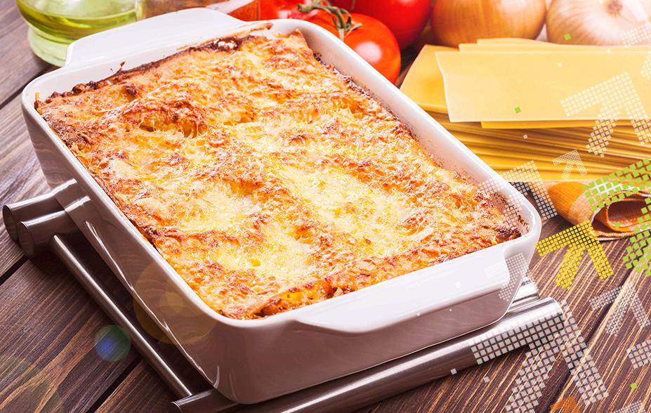 vegerarische Lasagne auf dem Tisch